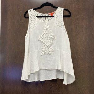 Ivory sleeveless cotton lightweight blouse